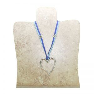 collar adorno corazon