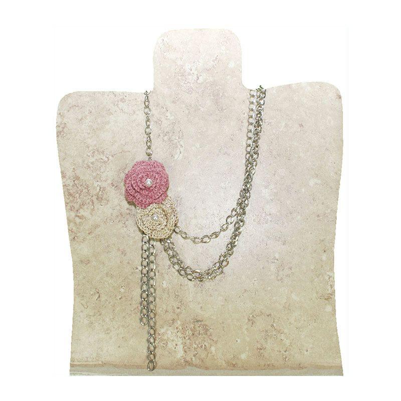collar cadena y flor crochet