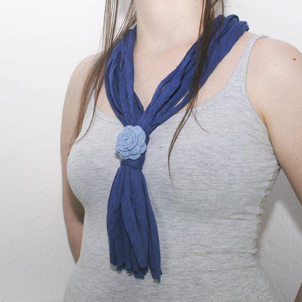 collar trapillo flor crochet